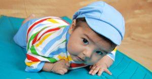 Dziecko powinno raczkować?