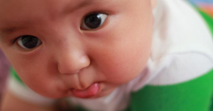 Dlaczego Twój niemowlak się ślini?